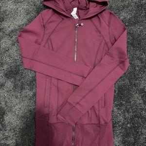 Lululemon Hooded Jacket Burgundy size 4
